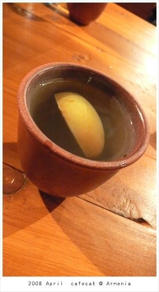 0418 Maria同事推薦的亞美尼亞傳統果汁