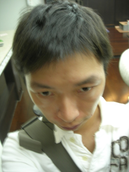 0525 剪短髮