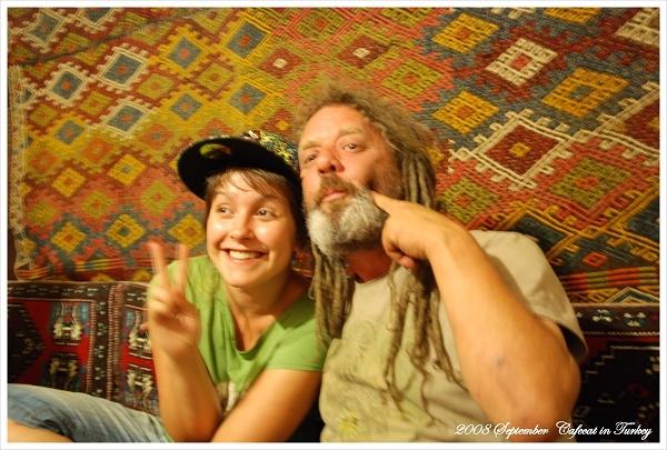 來自英國的Nicky和她爸爸Fivehand