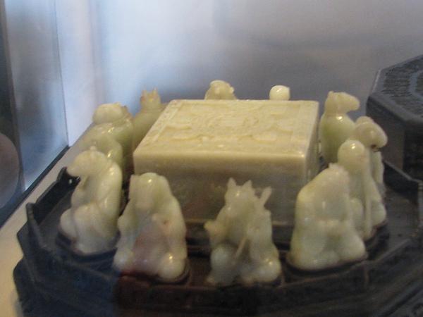 羊脂白玉的12生肖
