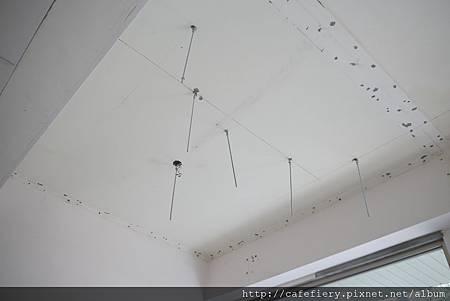 北投奇岩咖啡FIERY-天花板軌道安裝1