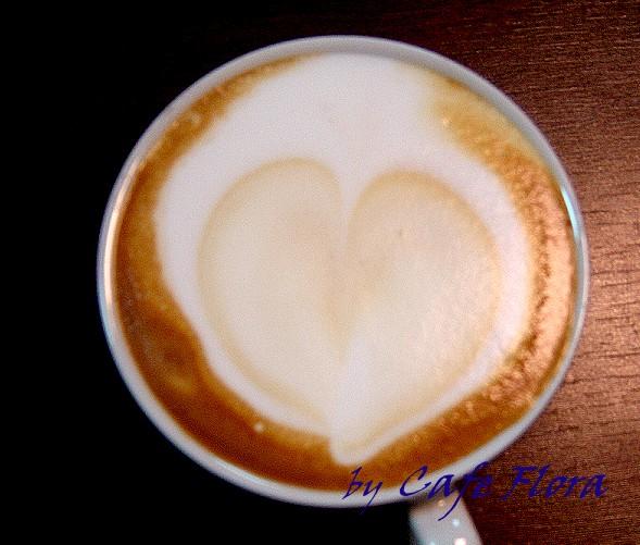 拉花練習 咖啡色的愛心.jpg