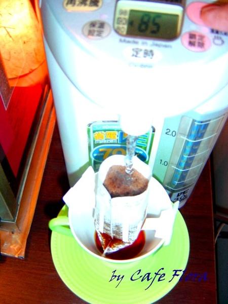 用熱水壺泡咖啡4.jpg