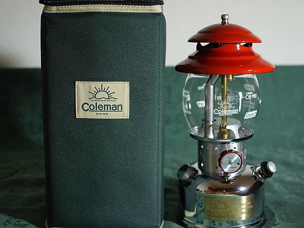 Coleman 100 周年 200B 汽化燈紀念版樣式