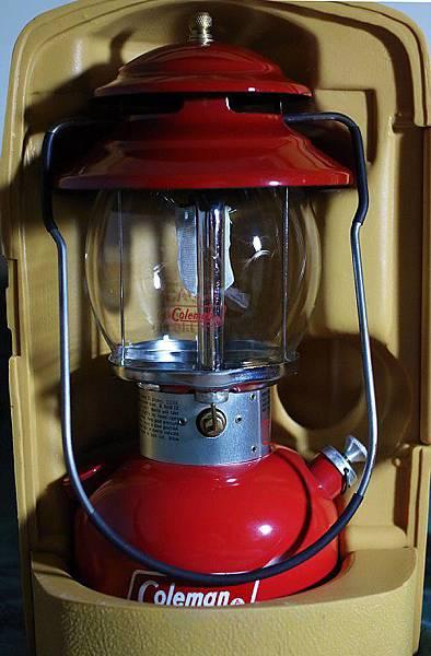 1979 200A 小紅帽現身