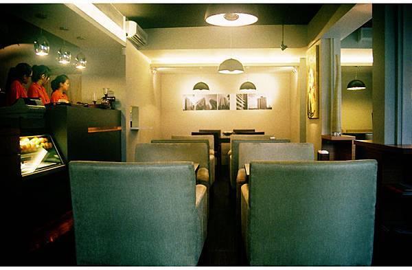 1F interior.jpg