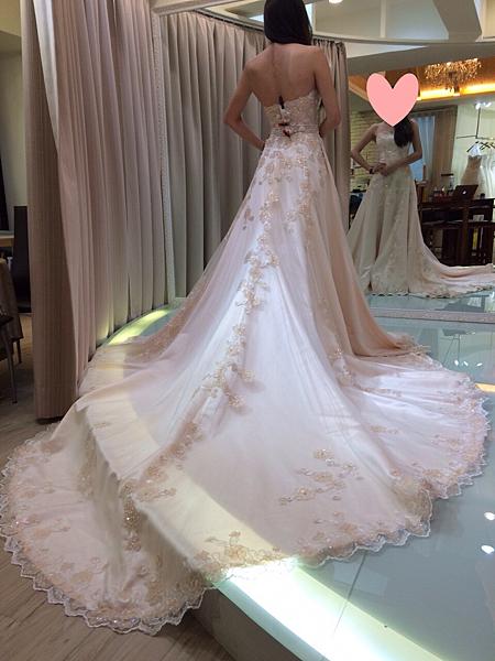 禮服出租,婚紗禮服,婚紗工作室,租婚紗禮服,婚紗推薦