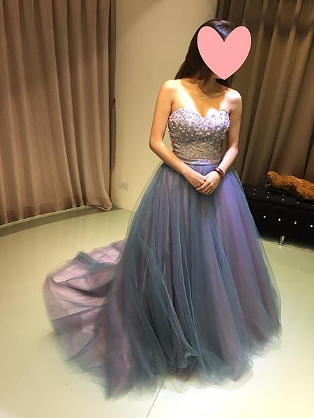 租婚紗禮服,婚紗推薦,婚紗租借,婚紗照,婚紗攝影,婚紗攝影工作室