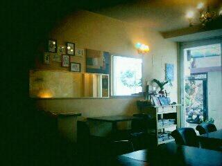 公寓咖啡照一張