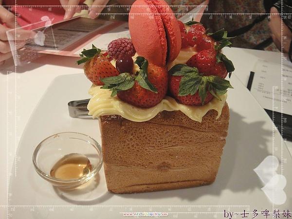 11_nEO_IMG.jpg