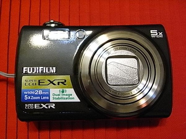 01 F200 EXR.JPG
