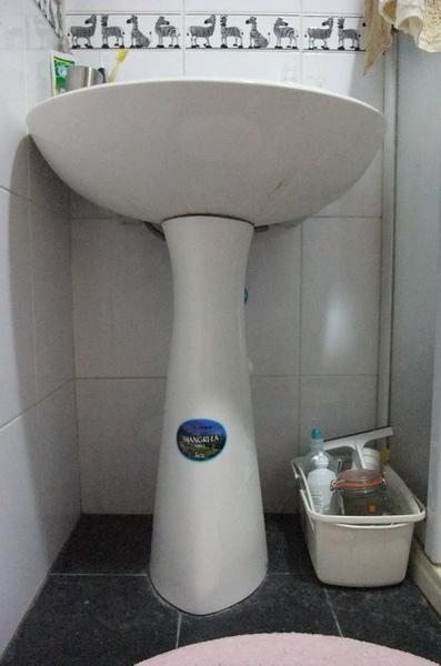 12浴室-原洗手台.JPG