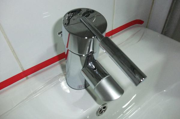 16浴室-水龍頭照片.JPG