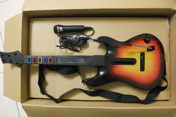 吉他+麥克風特寫.JPG