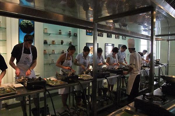 20100312 08廚房一景.JPG