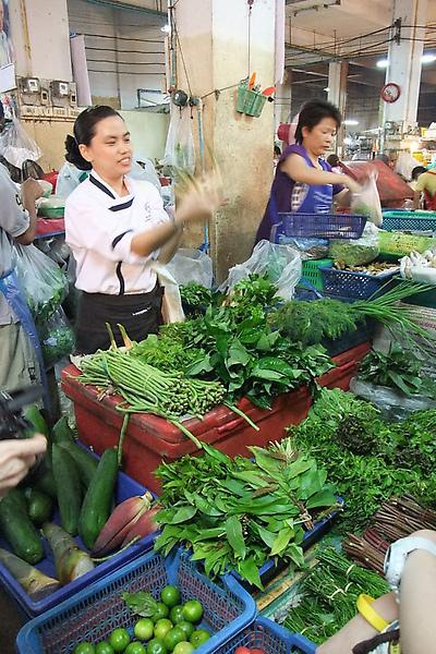 20100312 03講解蔬菜.JPG