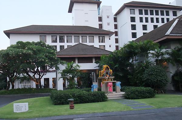 20100314 03飯店外觀.JPG