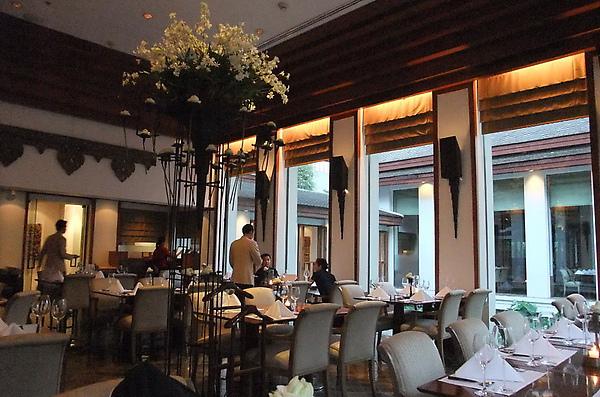 20100314 05餐廳內部.JPG