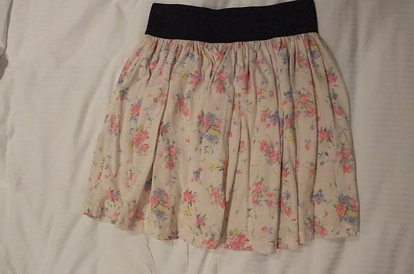 ZARA 的裙子.JPG