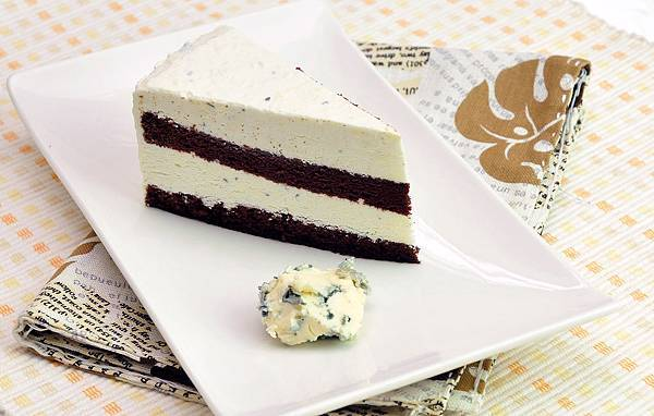 法國藍紋乳酪冰淇淋巧克力蛋糕.jpg
