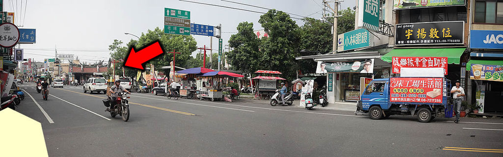 這棟住宅 就在內埔非常有名的 昌黎祠(韓愈廟)旁邊喔