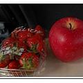 草莓與蘋果.JPG