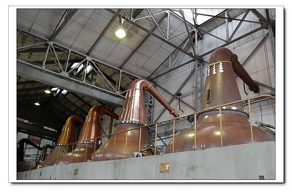 Nikka酒場-蒸餾器.JPG