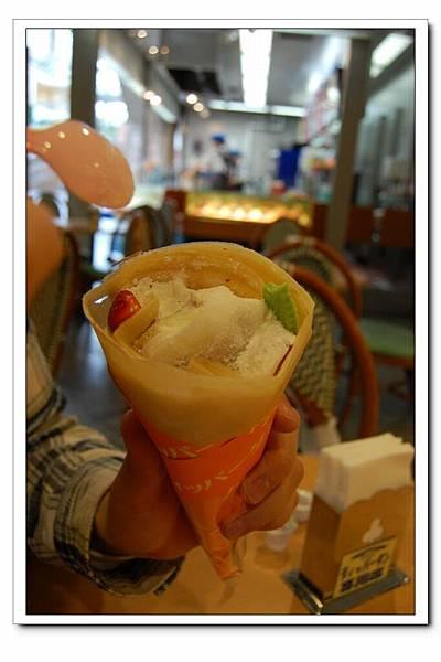 華克多麗酒廠購物中心-可麗餅.JPG