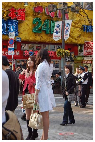 新宿街頭3.jpg