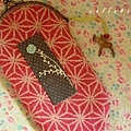 2.{ 紅色小袋 }(兩片式拼接)10cm口金夾