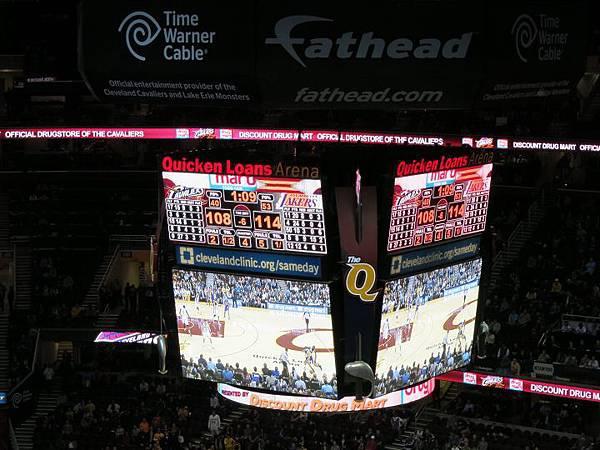 140205_NBA Lakers beat Cavaliers