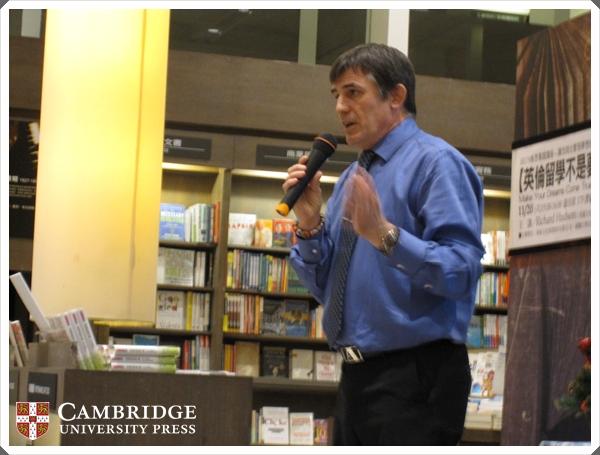Richard Hudson(英國文化協會專業講師,具有17年以上的英語教學經驗)