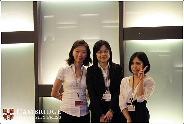 (左→右) 劍橋大學出版社-玉華、華泰文化-Emliy & Ming