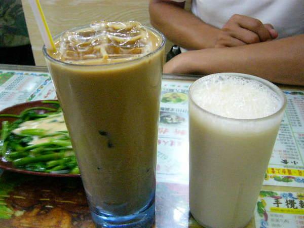 凍咖啡&凍豆漿 -配餐點.分別為HK4/HK5