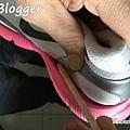 黏鞋側.jpg