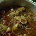 豆瓣醬洋蔥蕃茄滷小排