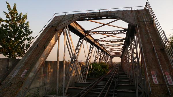本出草主角-虎尾鐵橋