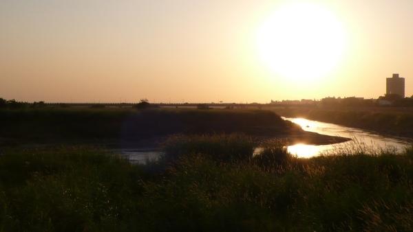 4點37分的夕陽,依舊那麼強烈