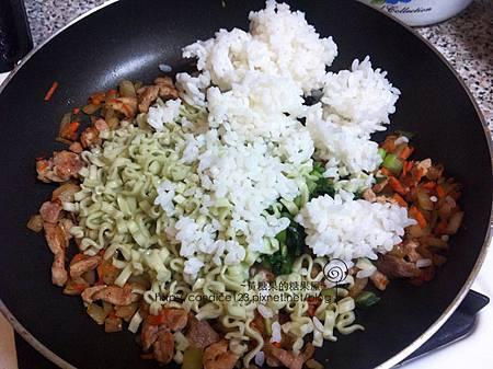 雪菜炒麵飯