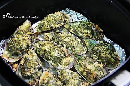 青醬香蒜烤淡菜 (6)