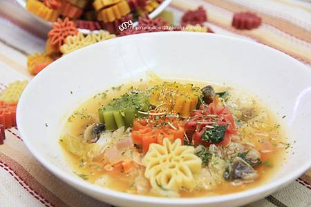 蕃茄蔬菜羅宋湯7