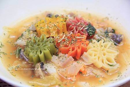 蕃茄蔬菜羅宋湯9