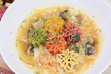 蕃茄蔬菜羅宋湯12