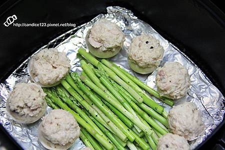 蘆筍蘑菇佐鮪魚沙拉 (5)