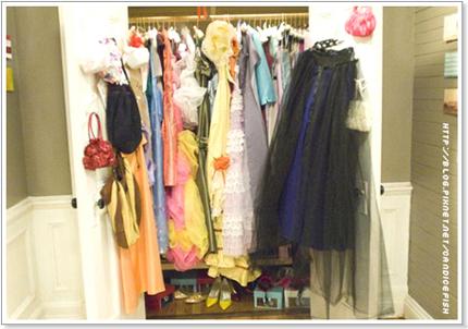 27 Dresses_2.jpg