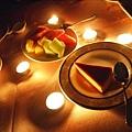偶而來個燭光晚餐也是很浪漫的