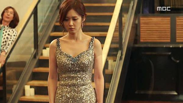 13-Fated-to-Love-You-Episode-2-Review-Korean-Drama-Fashion-Jang-Na-Ra.jpg