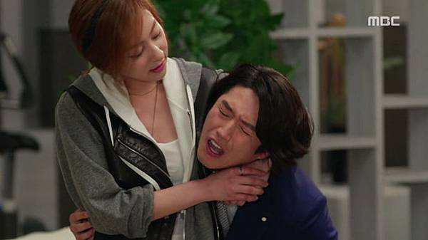 16-Fated-to-Love-You-Episode-1-Review-Korean-Drama-Fashion-Wang-Ji-Won.jpg