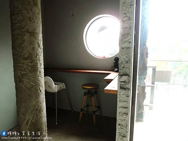 1473905617 1827539576 n - Heynuts Café 好堅果咖啡 精誠巷弄中超人氣咖啡館~沒有提前預約還吃不到!!推薦早安堅果!使用糖糖最愛的丹麥土司,切開還會牽絲呢~