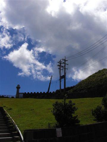 這天風和日麗大熱天